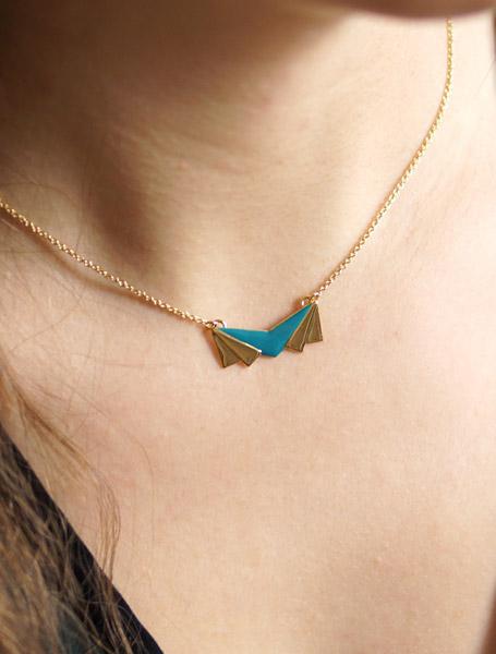 Bijoux-de-créateur-fantaisie-en-or-fait-à-la-main-pour-femme-haut-de-gamme-fabriqué-à-Paris-en-France