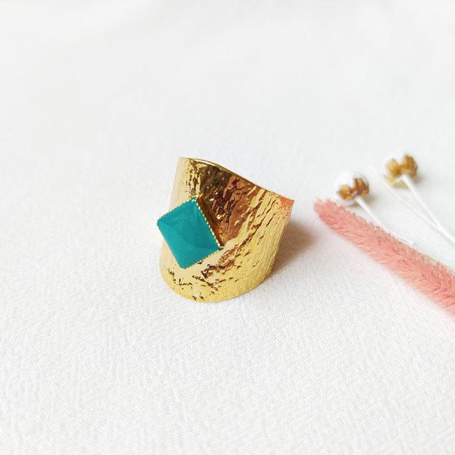 Bague-bijoux-de-créateur-fantaisie-email-bleu-turquoise-fait-à-la-main