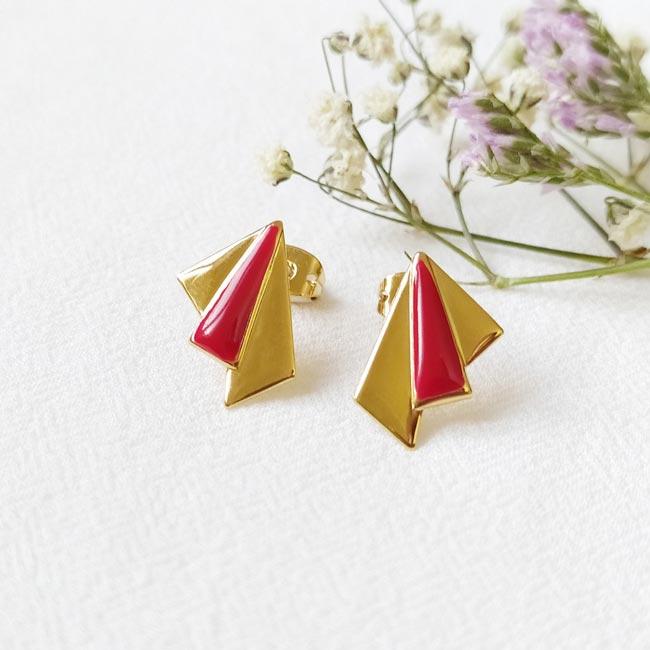 Bijoux-de-créateur-fantaisie-boucles-d-oreilles-tige-avec-email-rouge-doré-à-l-or-fin