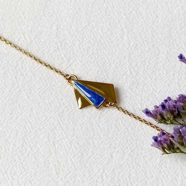 Bijoux-fantaisie-de-créateur-fait-à-Paris-avec-email-bleu