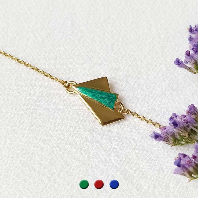Bijoux-fantaisie-de-créateur-fait-à-Paris-avec-email-vert