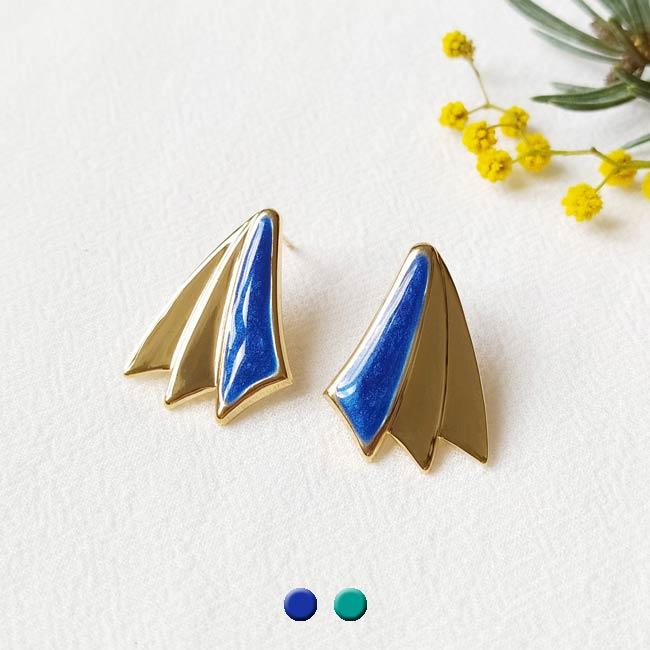 Boucle-d-oreille-bijoux-de-créateur-fantaisie-bleu-roi-fait-main-à-Paris