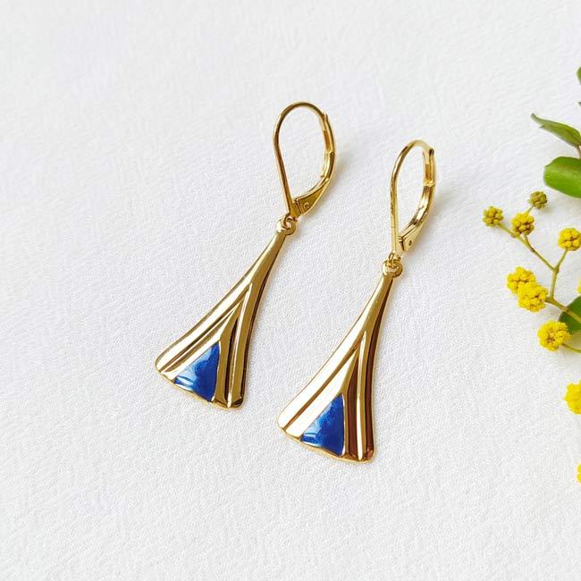 Boucle-d-oreille-doré-à-l-or-fin-bleu-roi-bijoux-créateur-fantaisie-fait-main