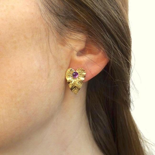 Boucle-d-oreille-fait-main-pierre-violet-bijoux-de-créateur-fantaisie