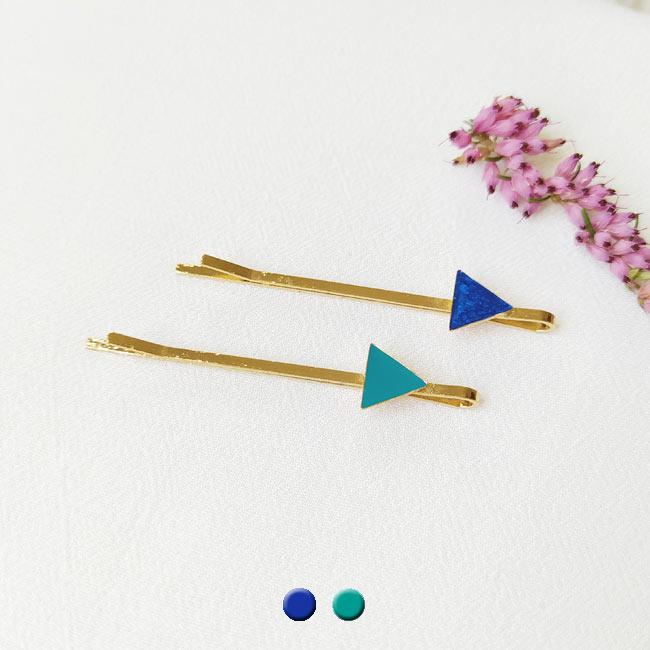 Barrette-triangle-cheveux-bijoux-fantaisie-créateur-bleu-fait-main