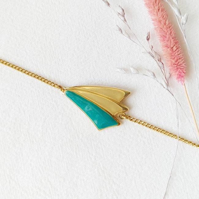 Bracelet-bleu-bijoux-de-créateur-fantaisie-doré-or-fait-main