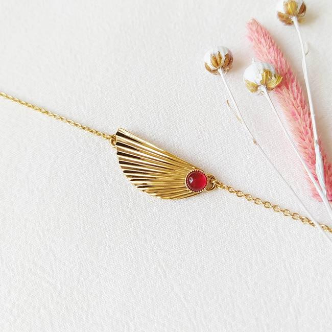 Bracelet-pierre-rouge-bijoux-de-créateur-fantaisie-doré-or-fait-main