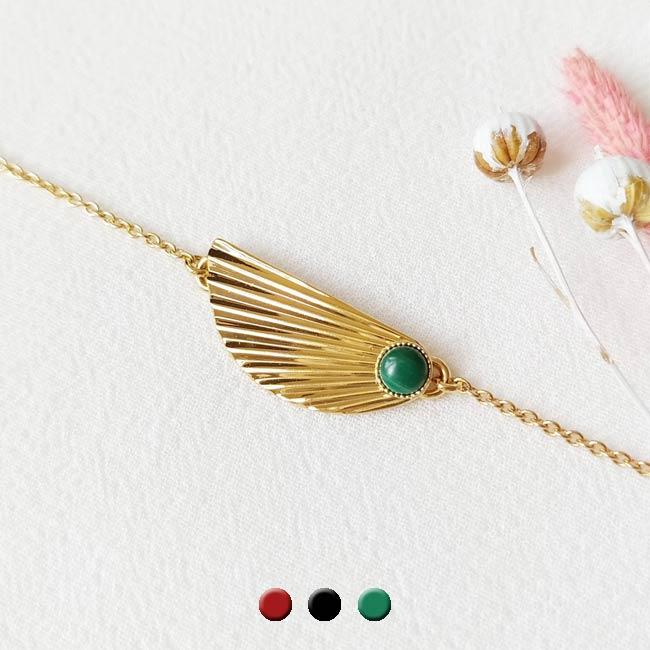 Bracelet-pierre-verte-bijoux-de-créateur-fantaisie-doré-or-fait-main