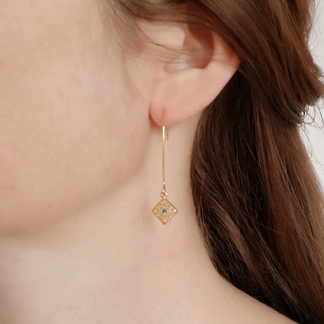 Handmade-gold-plated-earrings-for-woman-with-blue-enamel-made-in-Paris-France