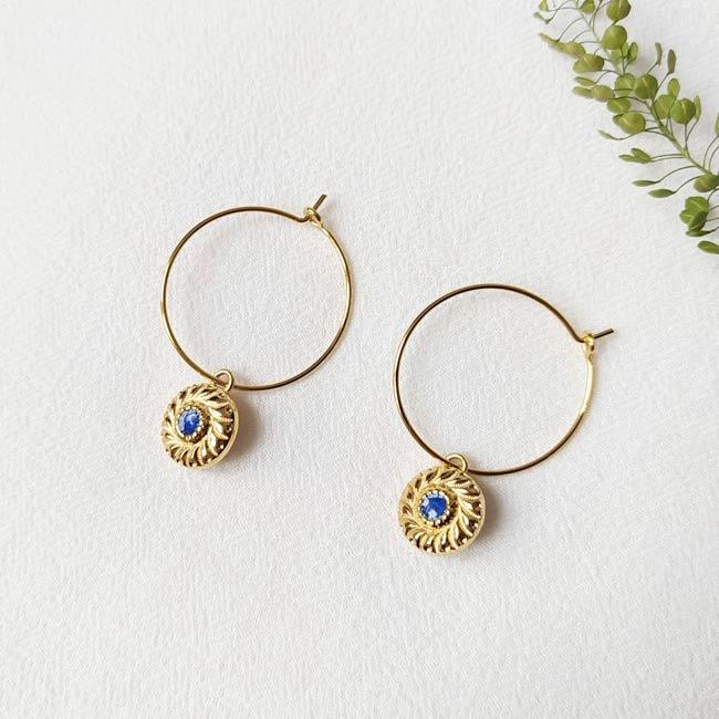 Bijoux-de-créateur-fantaisie-boucles-d-oreilles-or-bleu-fait-à-la-main-à-Paris