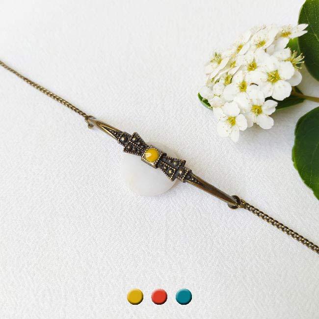 Bracelet-bronze-de-créateur-fantaisie-noeud-jaune-fait-main-à-Paris