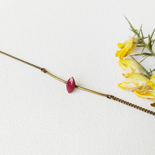 Bracelet-bronze-fantaisie-de-créateur-prune-fait-main-à-Paris