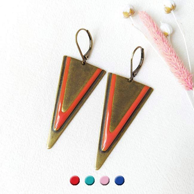 Bijoux-de-créateur-fantaisie-boucles-d-oreilles-bronze-email-rouge-fait-main-à-Paris