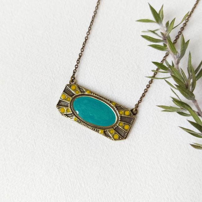 Collier-bronze-de-créateur-fantaisie-turquoise-fait-main-à-Paris