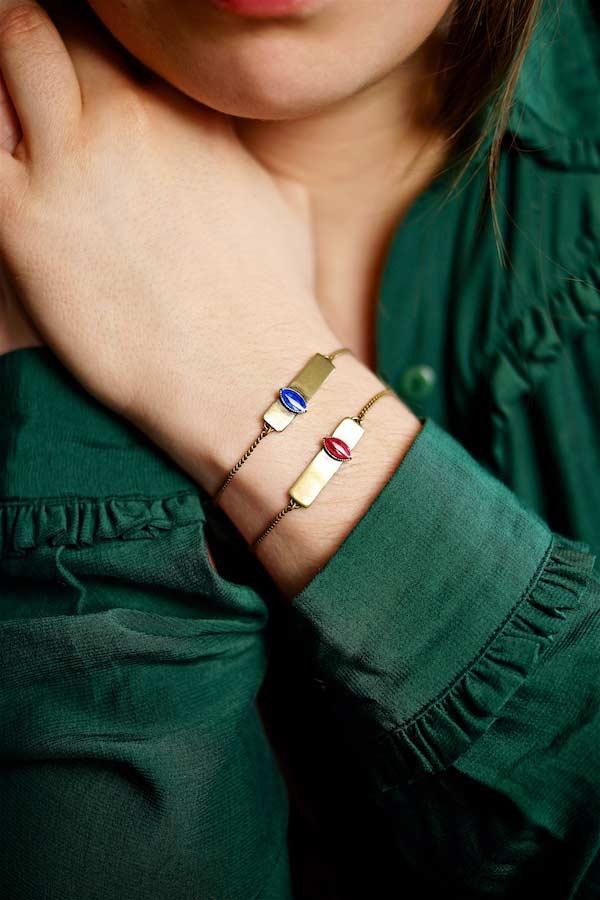 Bracelet-fantaisie-de-créateur-finition-bronze-avec-de-l-email-fait-main