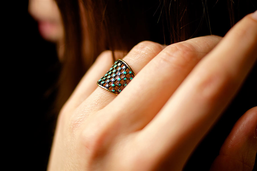 Handmade-antique-brass-adjustable-ring-for-women-with-blue-enamel-made-in-France
