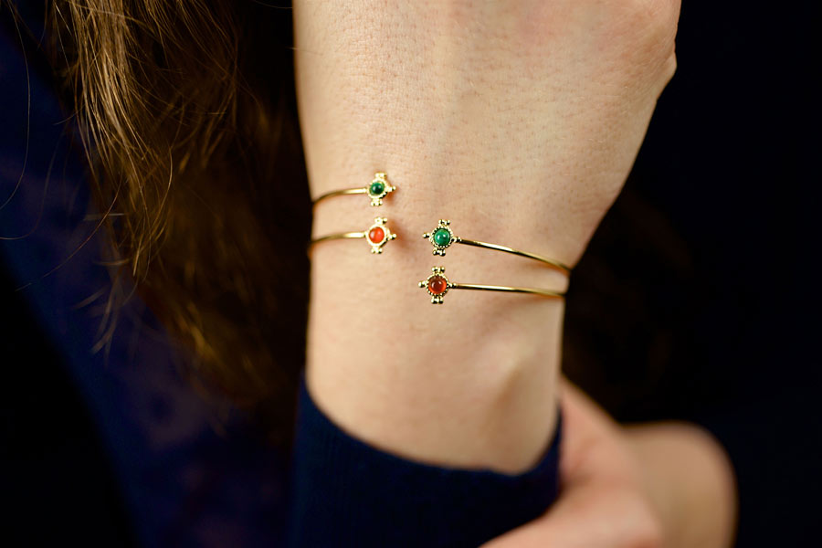 Handmade-gold-plated-bangle-bracelet-for-women-with-gemstone-made-in-France