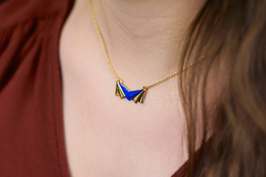 Handmade-gold-plated-necklace-for-women-with-royal-blue-pendant-fmade-in-Fance