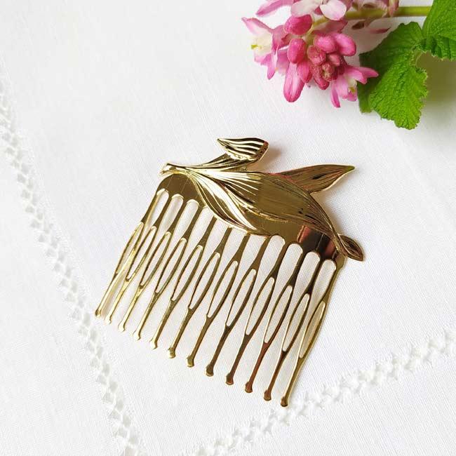 Handmade-customed-gold-hair-comb-for-women-made-in-France